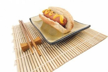 hotdog chopsticks